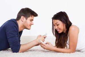 Sosyal medya ve mobil uygulamalarda kadın-erkek kullanıcı tercihleri