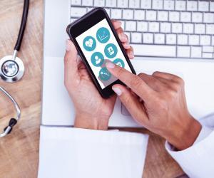 Mobil uygulama sahibi olmak sağlık merkezlerine nasıl fayda sağlar?